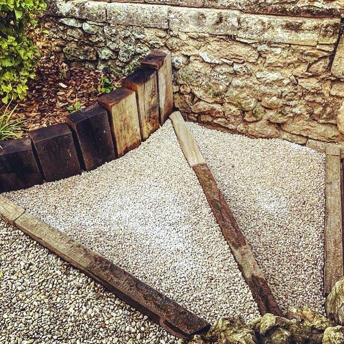 Paysagiste Jardinier Oise Beauvais Clermont Chantilly Creil Senlis Compiègne - Terrassement et allées - Escalier jardin - Gaudion Paysage