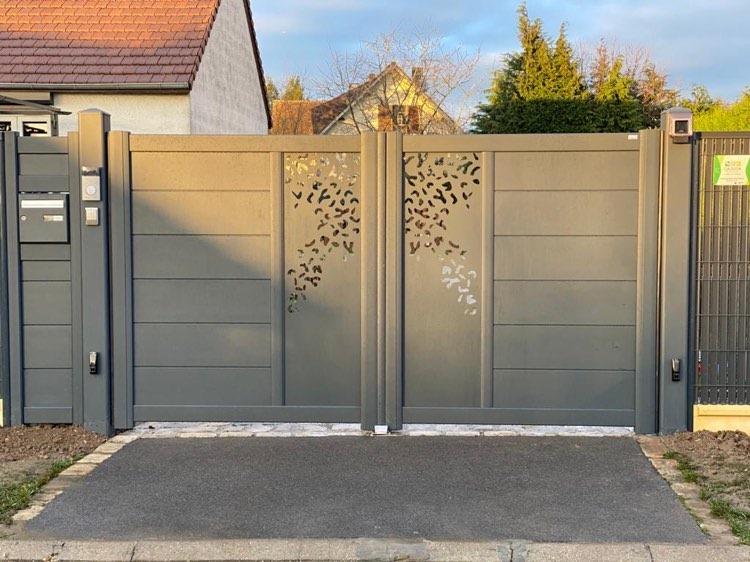 Clôturiste Paysagiste Oise Beauvais Compiegne Chantilly Senlis Creil - Pose portail et clôture - Gaudion Paysage